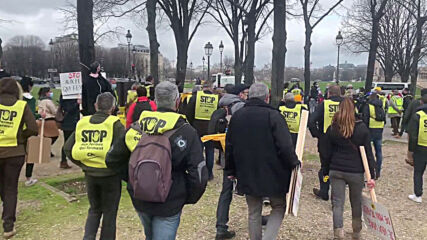 France: Farmers rally against farm closures and agricultural sector problems in Paris