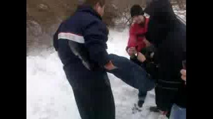 Циганска На Снега В Строителния Варна