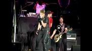 На живо! Джъстин Бийбър изпълнява `` Baby`` в Малайзия - 21.04.2011