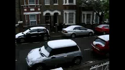 Сняг В Лондон