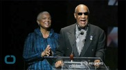 Bill Cosby's Lawyers Asking Judge to Keep Settlement Sealed