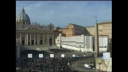 Папа Бенедикт XVI пожела щастлива и мирна Коледа на всички вярващи