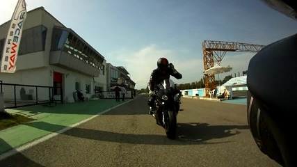 Милен навива по пистата в Серес