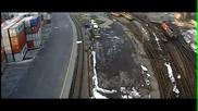 Камера заснема момент от дерайлирането на товарен влак в района на гара