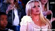 Отново оплюха Бритни! Този път Буквално! (kids Choice Awards 2011)