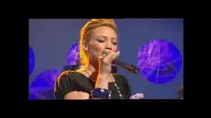 Hilary Duff - Wake Up Live On Bbc(15.10.05)