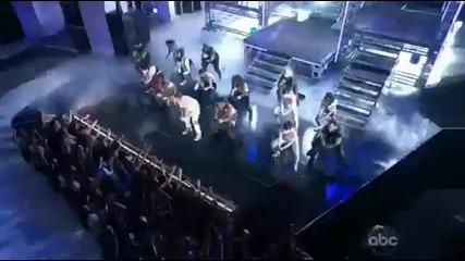 """Джъстин Бийбър представя """"boyfriend"""" на Billboard Music Awards 2012! ^^"""