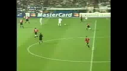 Zidane All in the touch (real Madrid vs Man Utd)