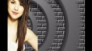 Selena не се занимавай с това обикновено просташко видео!