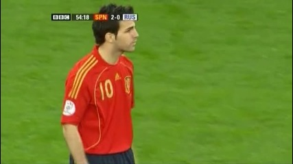 Spain 2 - 0 Russia - Fabregas Close up