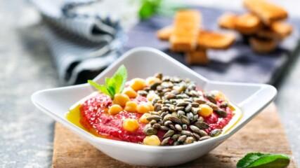 Бон Апети | Хумус с червено цвекло