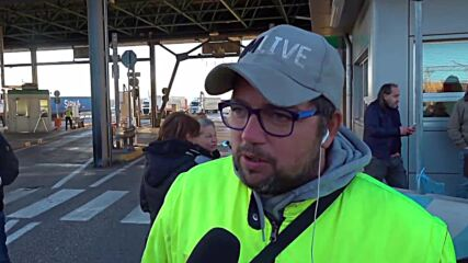 Italy: Demonstrators block port in Trieste in protest of COVID Green Pass