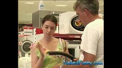 +18 Скрита камера (голи и Смешни) - Опа,  гола какичка в количка