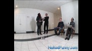 Голи И Смешни - Седнете