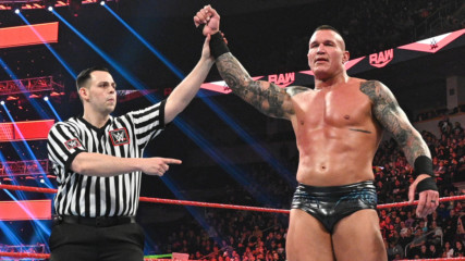 KO vs. Orton clash ends in controversy after fast count: Raw, Feb. 24, 2020