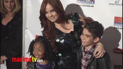 Cast of Jessie at