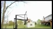 Невероятнo попадение на баскетболна топка в коша
