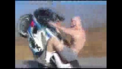 Екстремни спортове: Пичове правят яки трикове и стънтове!