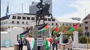 South African Students Demand Rhodes Statue Removal