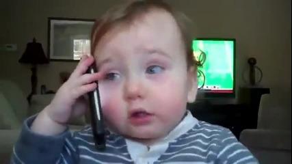101%смях Бебе говори по телефона