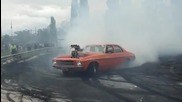 Направо запали асфалта !