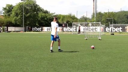 Пресъздаваме незабравими футболни моменти