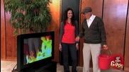 Старец потпалва телевизор - Скрита камера