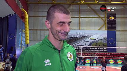 Треньорът и капитанът на ВК Добруджа след загубата от ВК Нефтохимик