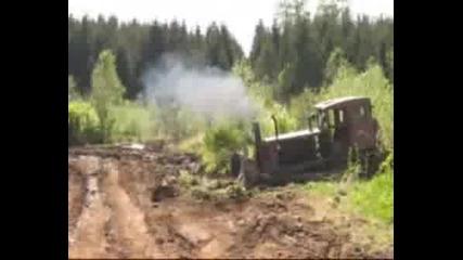 ДТ-74 разрива кален път