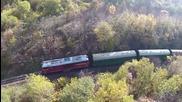 Най-романтичното пътуване с железопътната теснолинейка в Родопите заснета от дрон