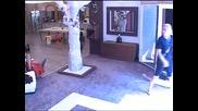 В компания Антоний привидно е комуникативен и в добро настроение!! Big Brother Family