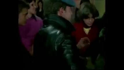 Всичко е Любов vs Black Eyed Peas - My Humps