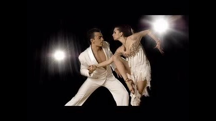 Ricky Martin - Livin La Vida Loca превод