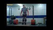 John Cena pravi myrtva tiaga s 290kg - bez fitili