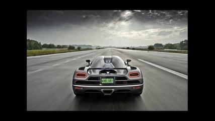 Koenigsegg Agera R ( Carbon )