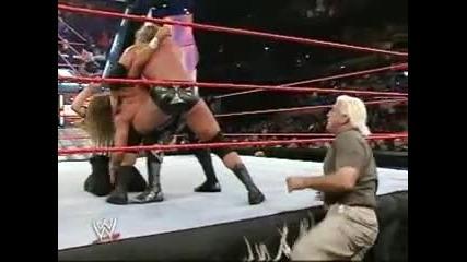 Трите Хикса vs Шон Майкълс - Първична сила 2003