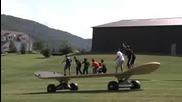 Най - Големият Скейтборд На Света!