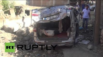 Turkey: Burnt-out cars litter Diyabikir after PKK clash with security forces