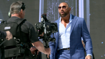 Superstars rehearse their WrestleMania entrances: WWE 24: WrestleMania New York sneak peek