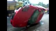 Преобърнато Ferrari 360