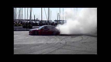 Това се нарича едно Бмв да си запали гумите - 2011 Hd