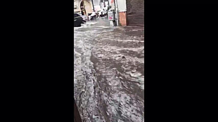 Italy: Violent rainstorm leaves Palermo streets under water