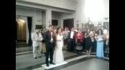 В Църквата Андрю и Светлето на сватбата им!