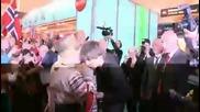 Посрещане на победителя на Евровизия 2009 - Alexander Rybak на летището в Норвегия!