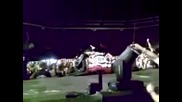 Горката! Pink Falls Off The Stage During - So What - stunt in Nuremberg, Germany (accident)