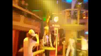 Ру Пол - Най - атрактивният травестит с още по - атрактивен танц на пилон