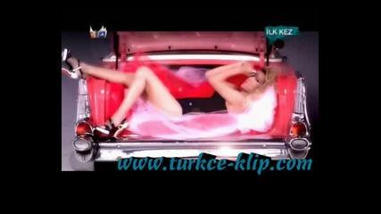 Взривяваща турска песен 2009...!!!