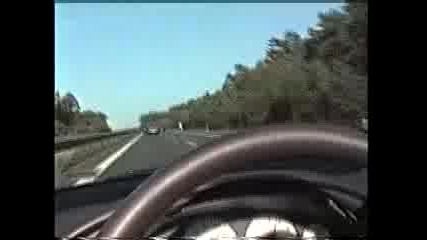 Гонене На 2 Броя Porsche Carerra Gt На Магистрала