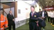 ВИДЕО: Моу се скри в тунела, изненада Ван Гаал с прегръдка