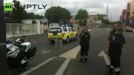 Police in Manhunt for Gunmen After Paris Primark Hostages Evacuated
